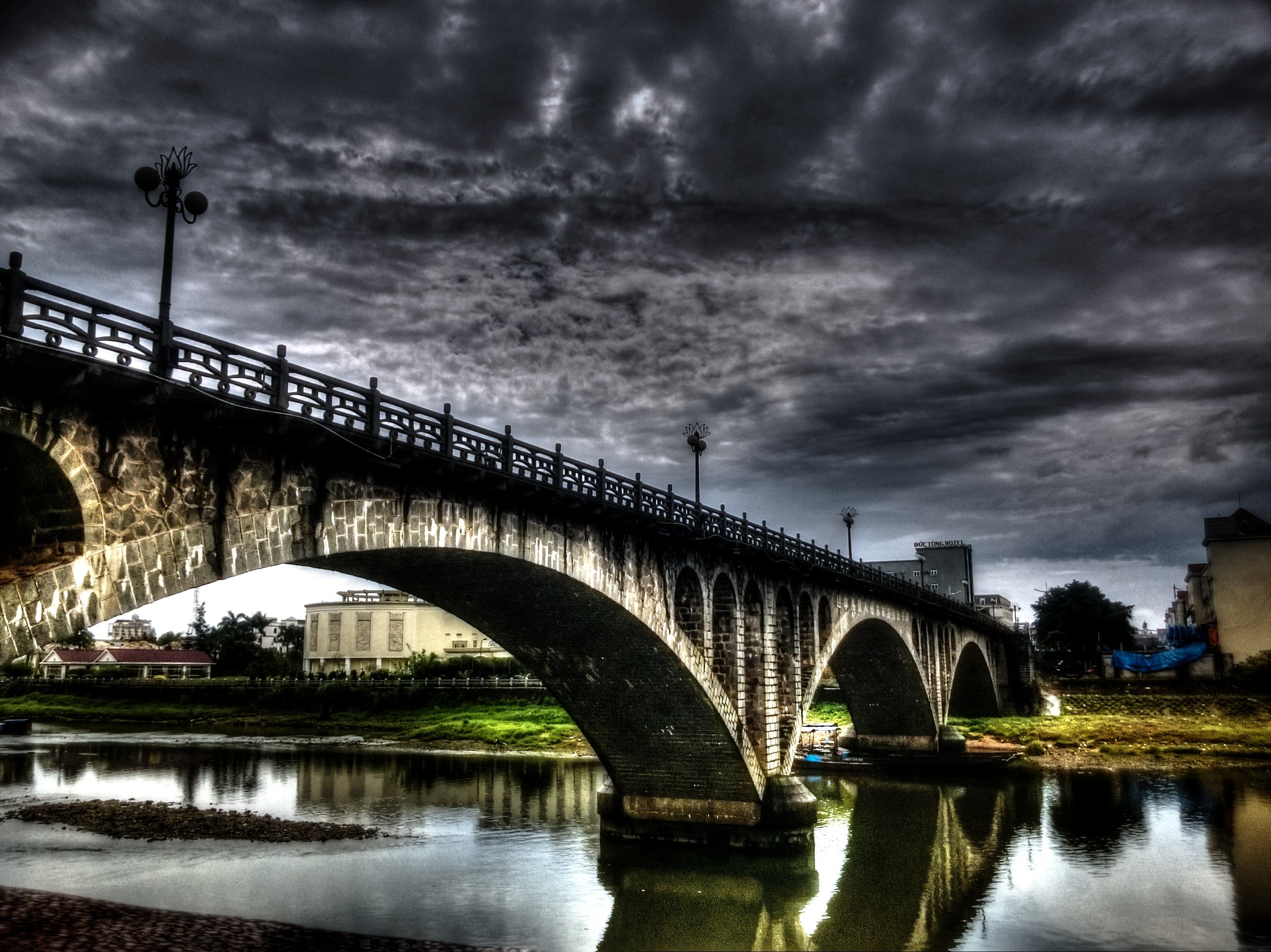 cầu Kalong Móng Cái