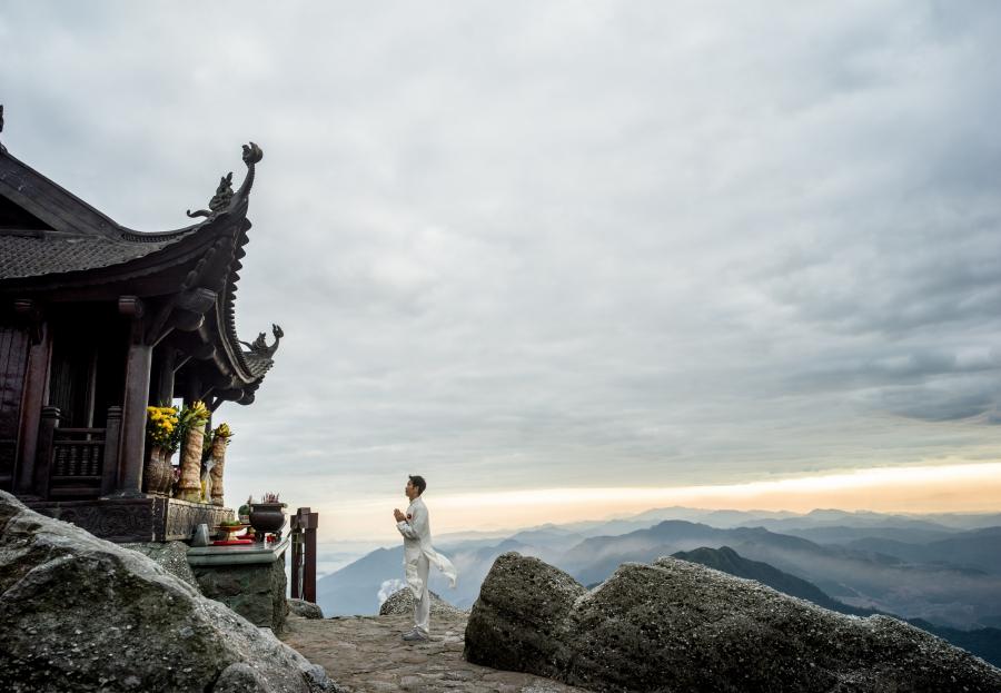 đỉnh thiêng Yên tử - Quảng Ninh