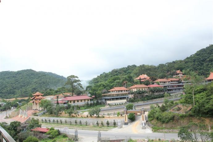 chùa Lân, thiền viện trúc lâm