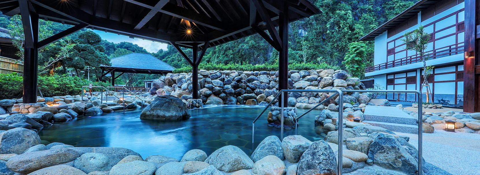 bể tắm đá OnSen Quang hanh