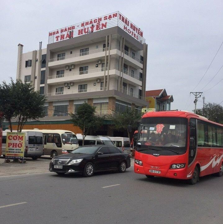 khách sạn nhà hàng Thái Huyền Yên tử